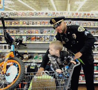 Shop with a Cop- Humphries